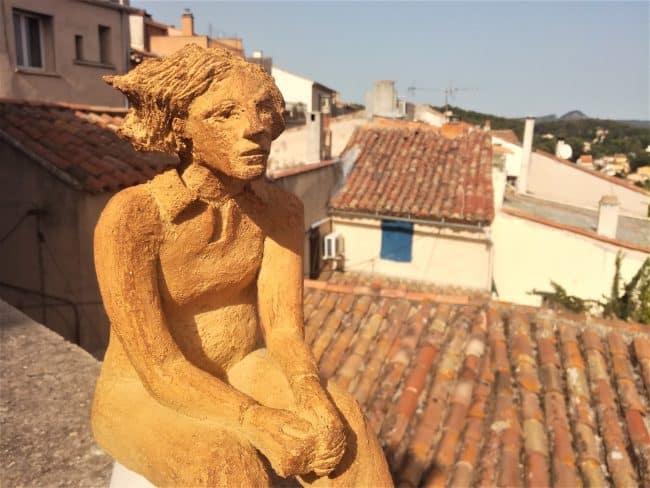 Femme en grès brut - Daphné #2