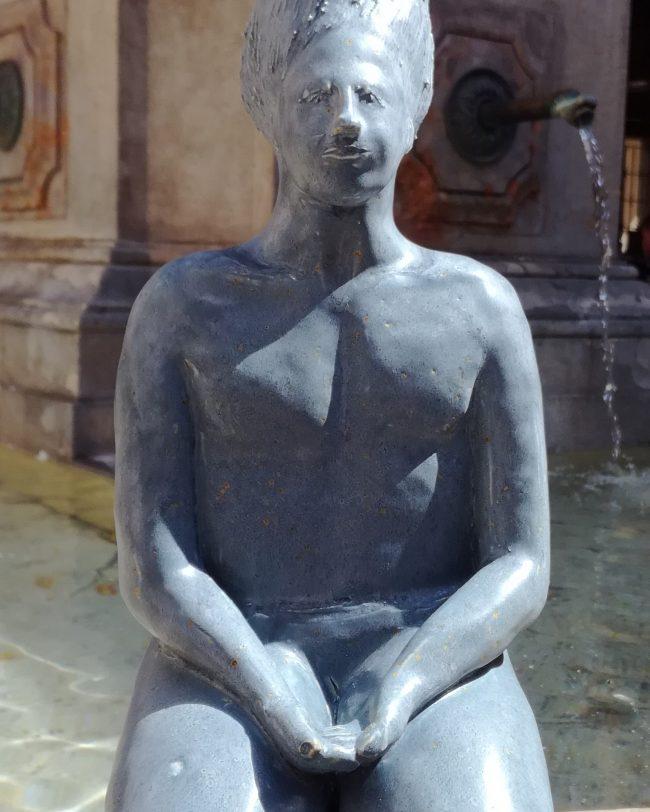 L'homme-pluie - Personnage en grès émaillé